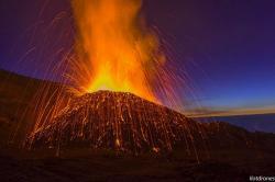 Volcan eruption 2015 2