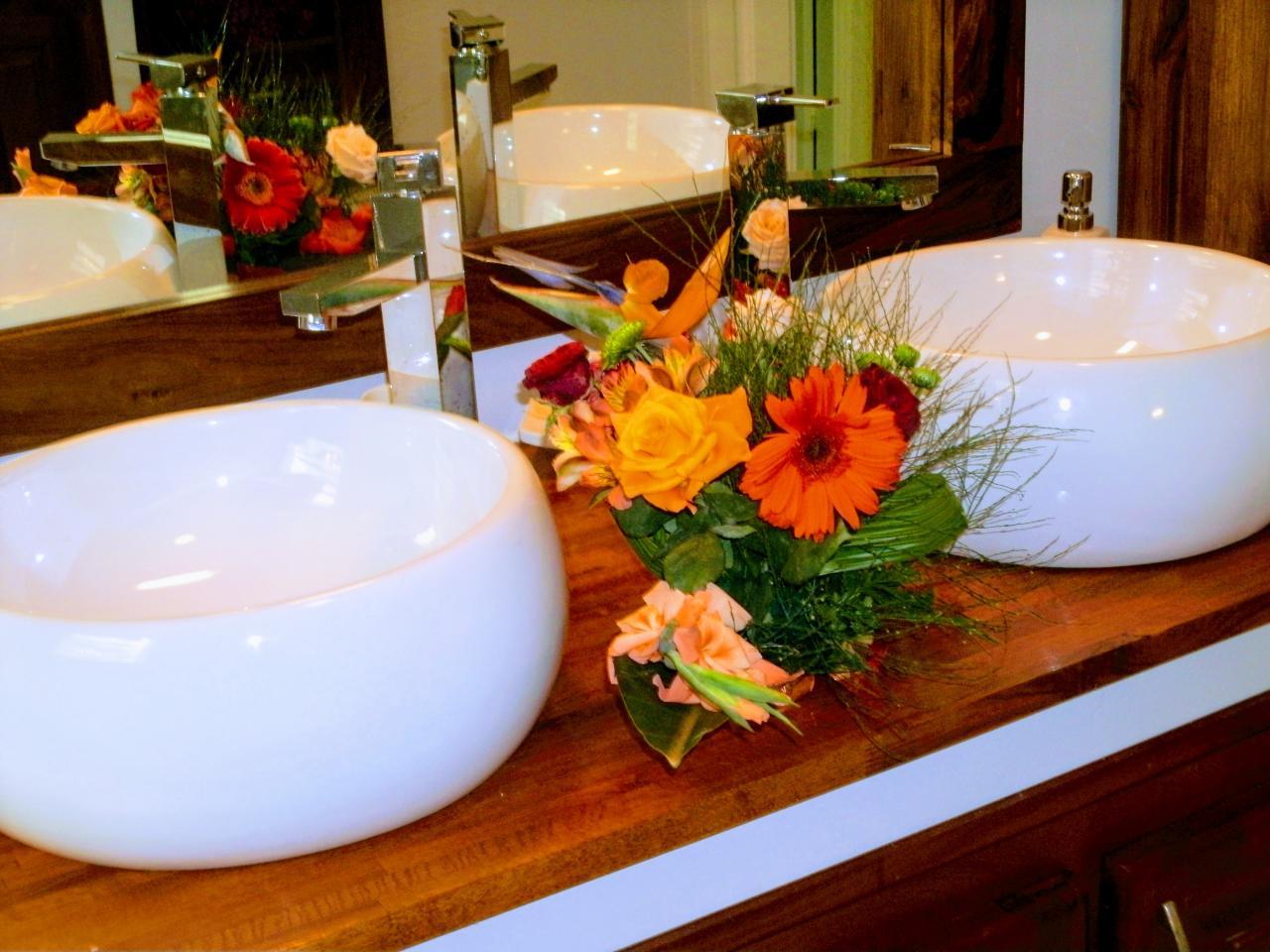 vasques de la salle de bain du rez de chaussé