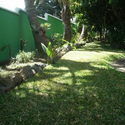 autre partie du jardin de la villa
