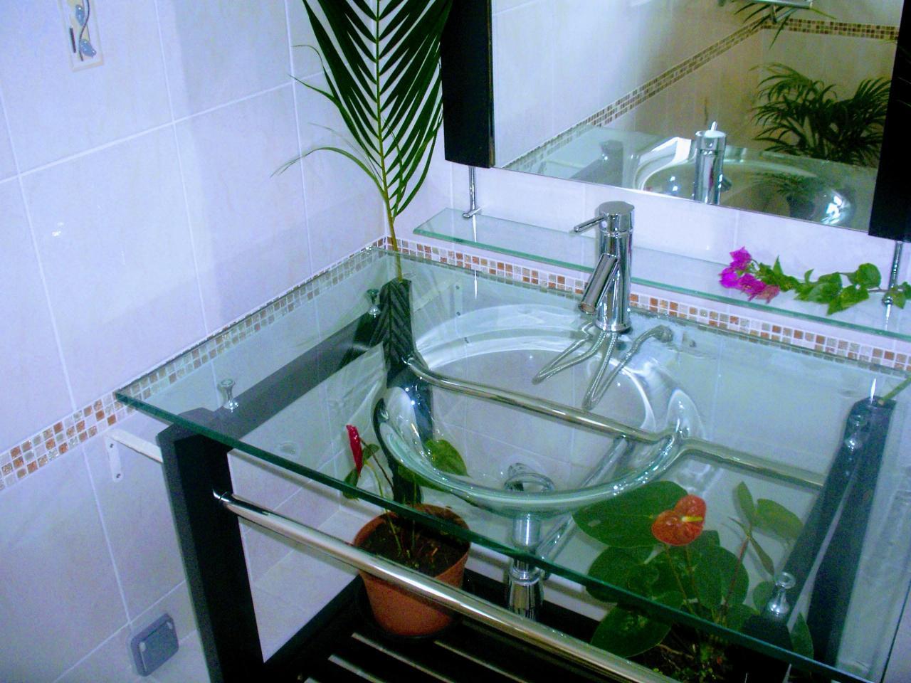 vasque de la salle de bain